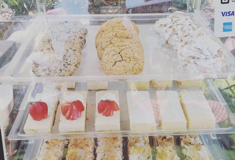 Sheeted Desserts | Petite Astorias, Escondido, San Diego County, California
